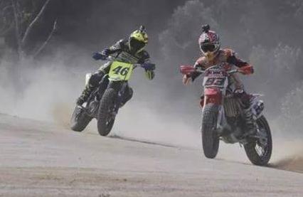 Video marquez vs Rossi di moto ranch