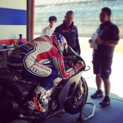 stoner-test-RC213V-2015-in-Motegi-oct-2014