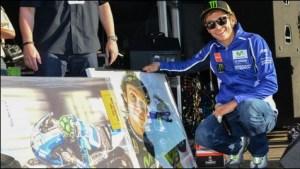 bintang motogp bantu ramaikan lelang akhir musim 2014