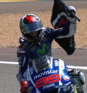 lorenzo menangi motogp prancis 2015